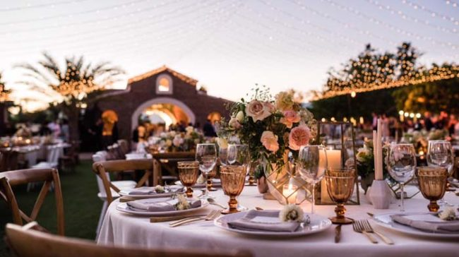 How to Make Your Event Photographs Pop out Using Vignettes