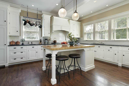 Kitchen Cabinets Replacement and Refinishing
